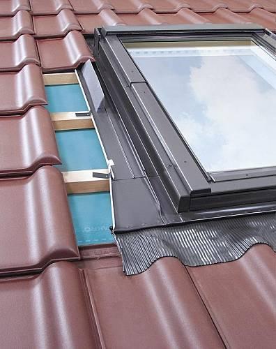 dachfenster optilight b. Black Bedroom Furniture Sets. Home Design Ideas