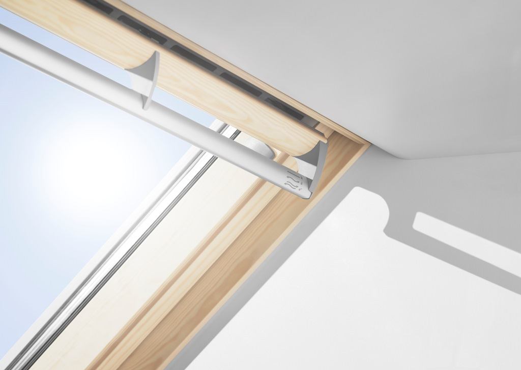 Roof window velux ggl 3060r pine finish for Ricambi velux ggl